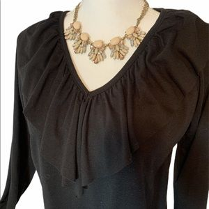 Black ruffle top large v neck ANA